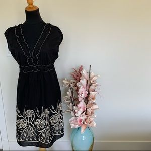 🌸2/$35🌸Max Studio black dress with embroidery